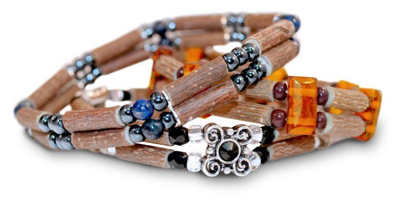 Накити от лешниково дърво