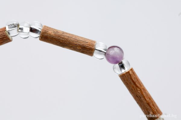 Гривна от лешниково дърво и аметист - S17