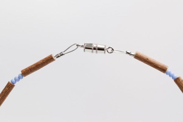 Гердан от лешниково дърво и лапис лазули в 3 размера-B12