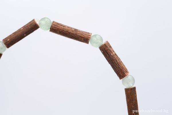 Гривна от лешниково дърво и зелен авантюрин -SS15