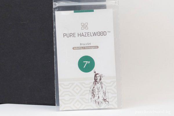 Гривна от лешниково дърво с натурални и кафяви мъниста S20
