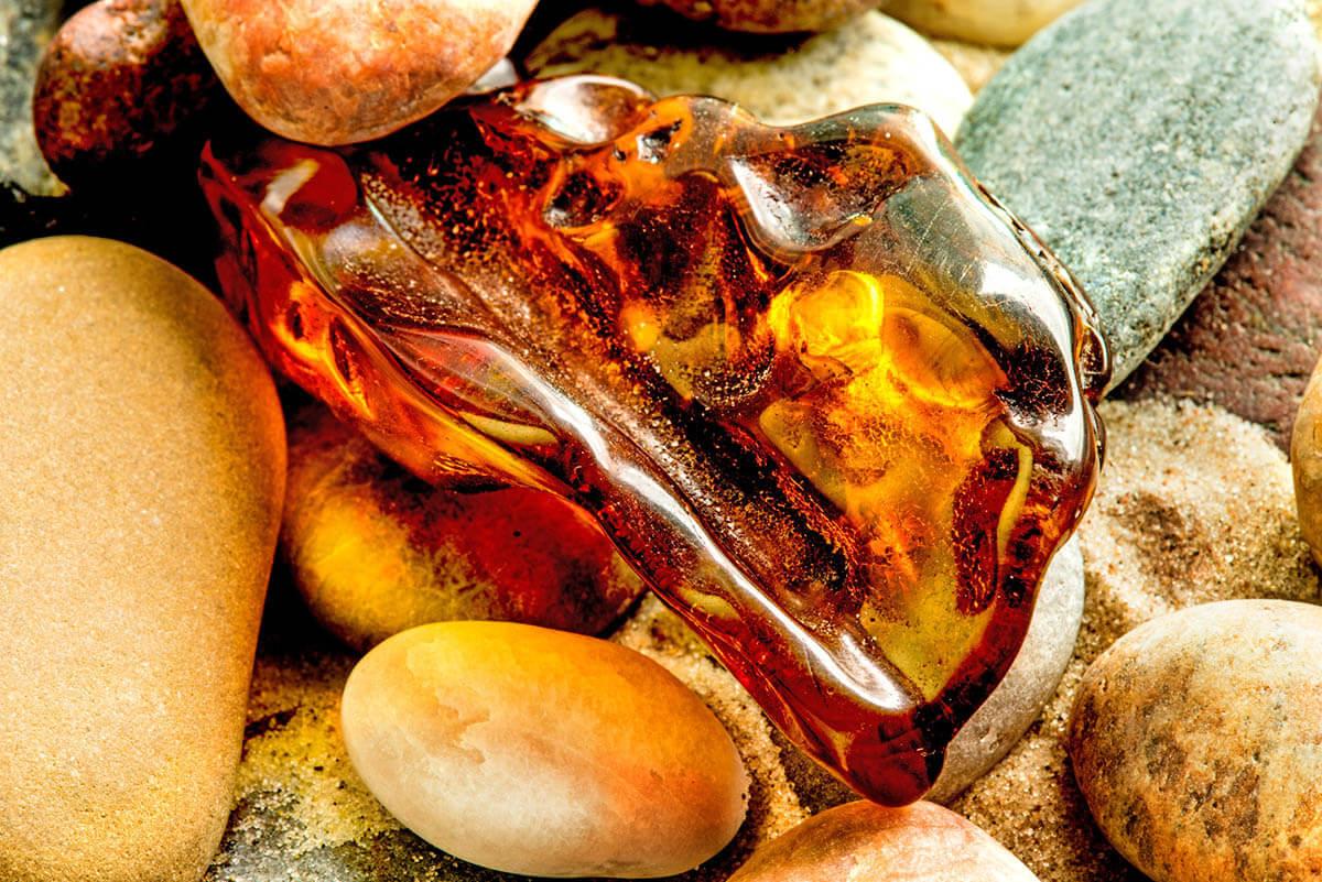 Балтийски кехлибар при зъбобол - Същност на камъка